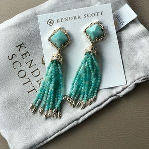 Gorgeous NWT Kendra Scott earrings